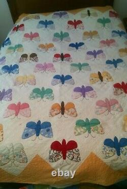 Vintage hand made butter fly quilt 82x90
