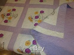 Vtg Antique Quilt Embroidered Floral Hand Made Cotton Quilt Bed Spread 68x 85